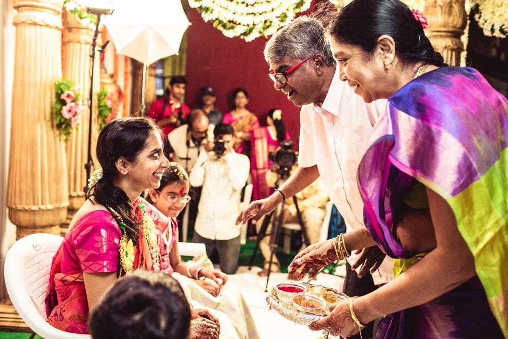 candid-photographer-telugu-wedding-hyderabad-0023.jpg