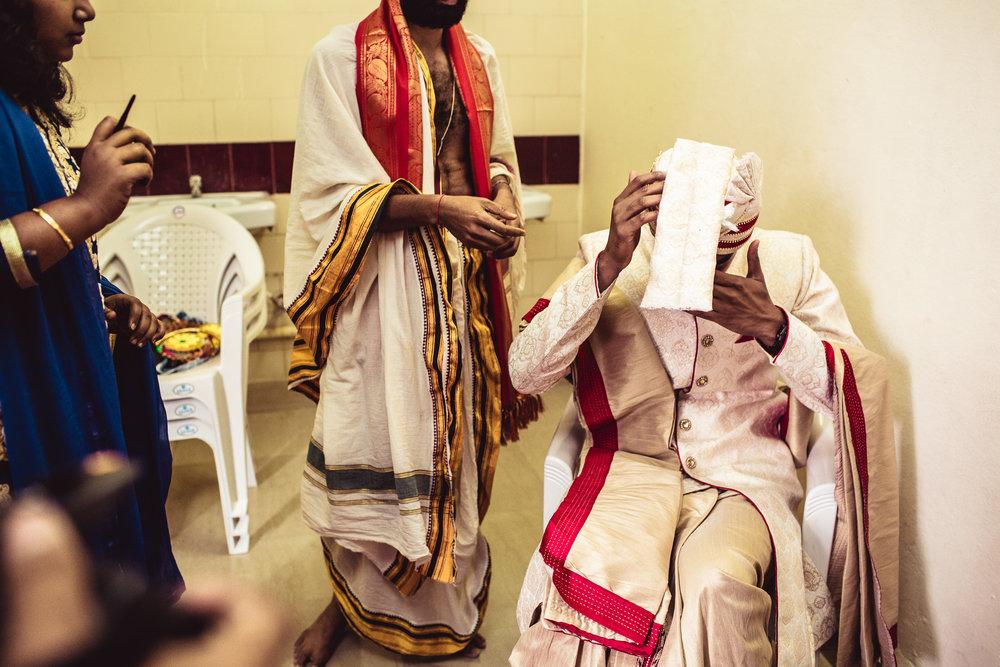 candid-photographer-telugu-wedding-hyderabad-0033.jpg