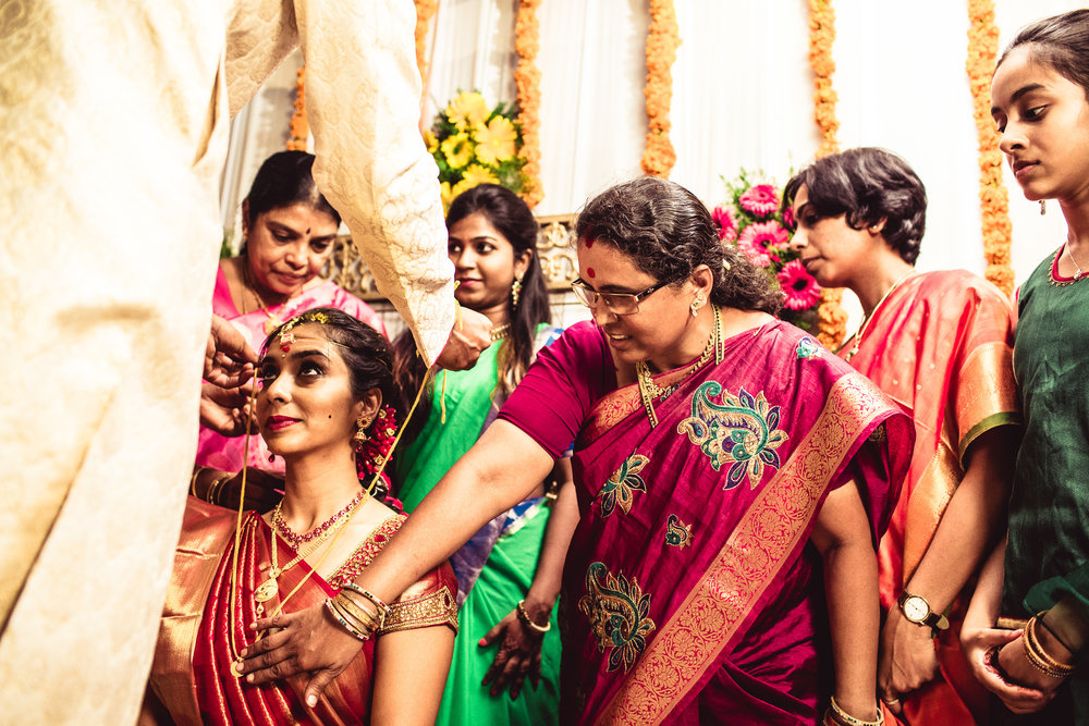 candid-photographer-telugu-wedding-hyderabad-0061.jpg