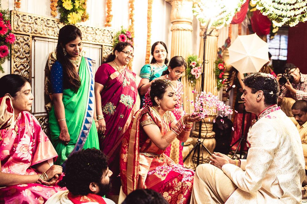 candid-photographer-telugu-wedding-hyderabad-0070.jpg