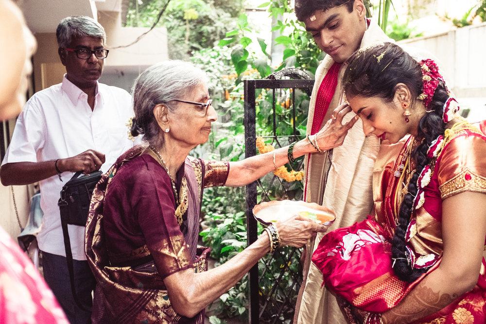 candid-photographer-telugu-wedding-hyderabad-0093.jpg