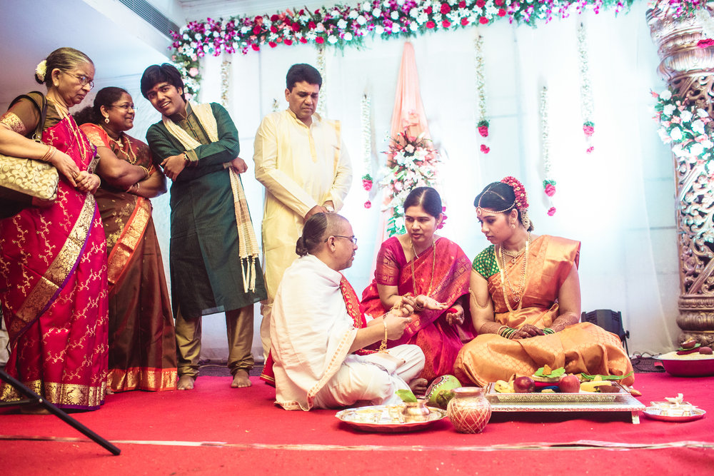 telugu-candid-wedding-photographer-hyderabad-0024.jpg
