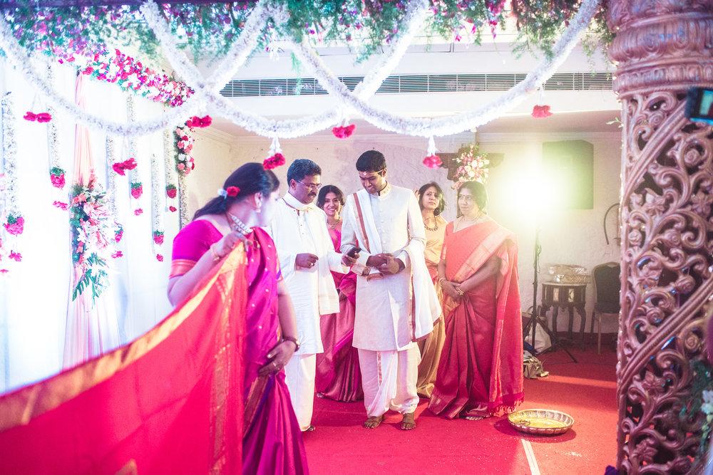 telugu-candid-wedding-photographer-hyderabad-0035.jpg