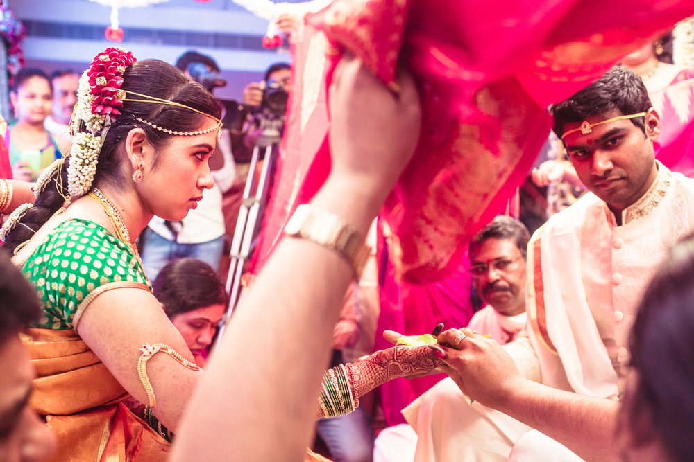 telugu-candid-wedding-photographer-hyderabad-0042.jpg