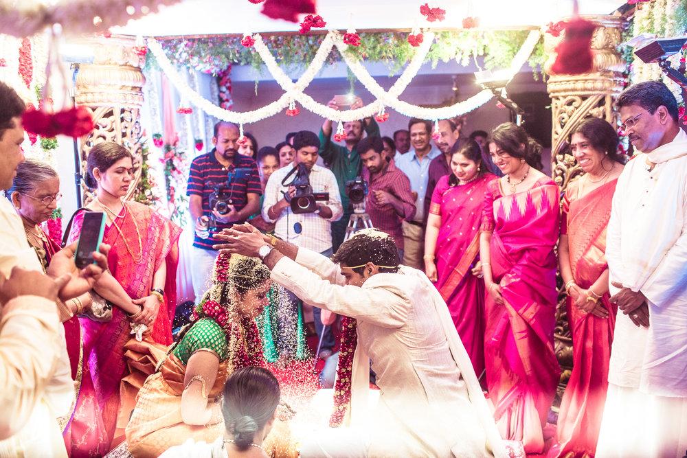 telugu-candid-wedding-photographer-hyderabad-0060.jpg