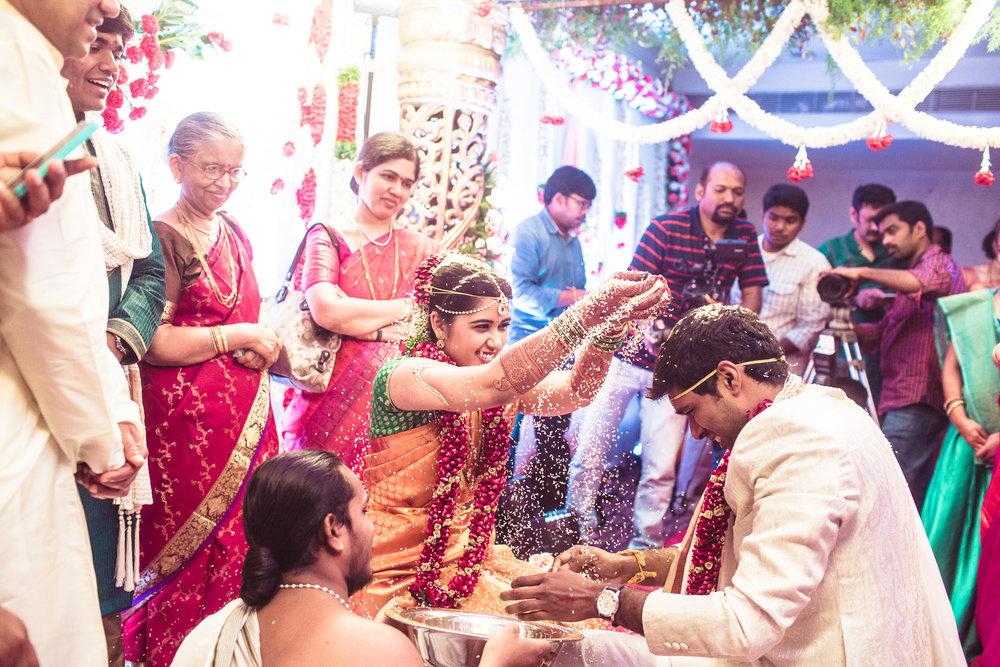 telugu-candid-wedding-photographer-hyderabad-0061.jpg
