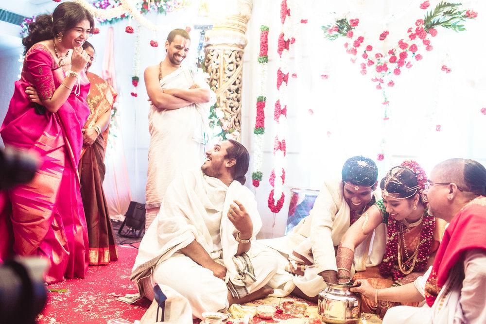 telugu-candid-wedding-photographer-hyderabad-0078.jpg