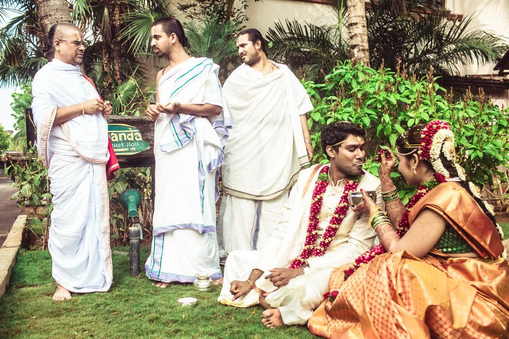 telugu-candid-wedding-photographer-hyderabad-0085.jpg