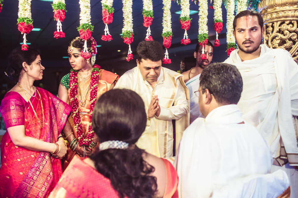 telugu-candid-wedding-photographer-hyderabad-0090.jpg