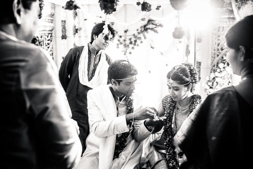 telugu-candid-wedding-photographer-hyderabad-0092.jpg