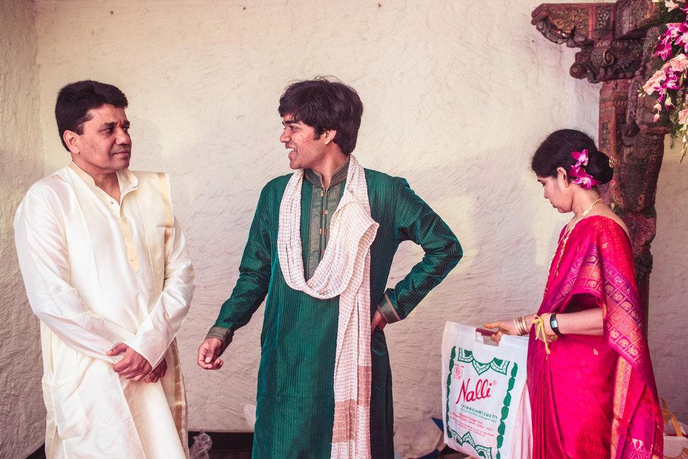 telugu-candid-wedding-photographer-hyderabad-0099.jpg