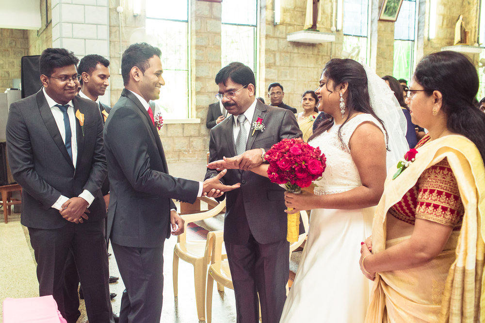 best-candid-wedding-photography-2016-0030.jpg