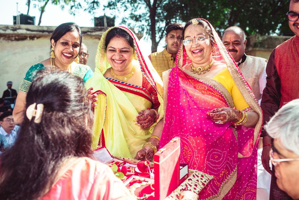 rajasthan-marathi-candid-wedding-photography-0030.jpg