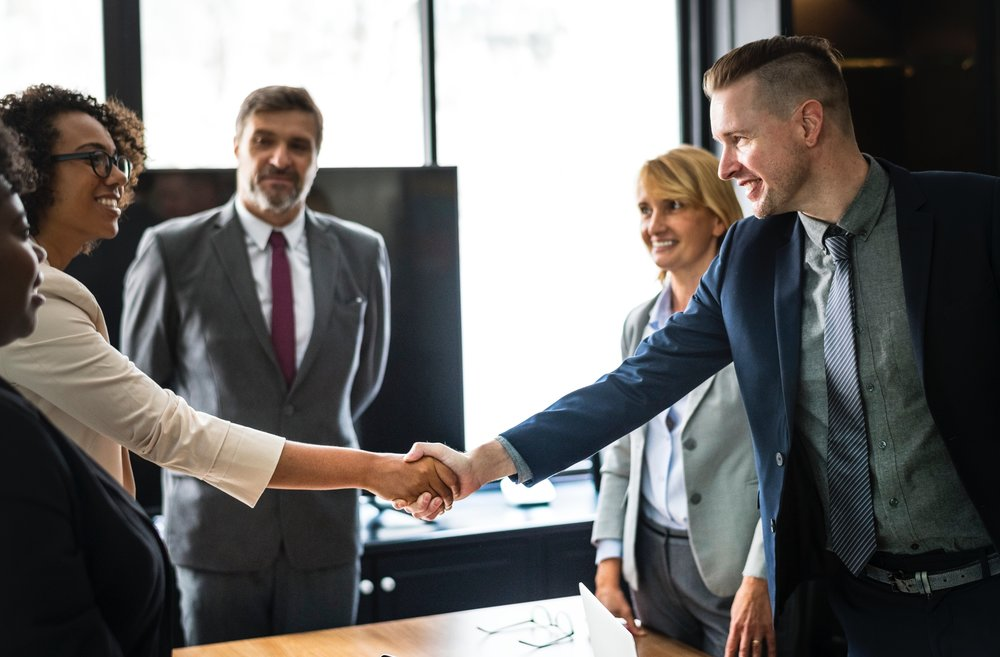 Engagé - Nous considérons que la proximité avec chacun de nos clients conduit à la réussite commune.
