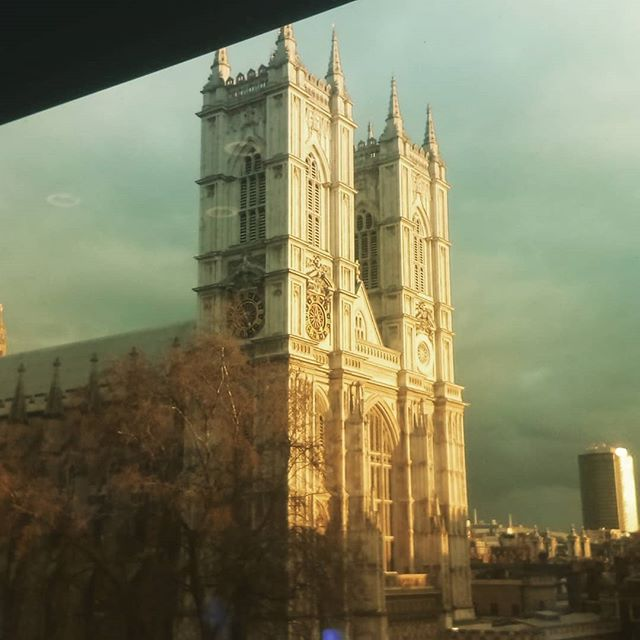 Lovely day, lovely location. #qe11centre #westminsterabbey #higgybank