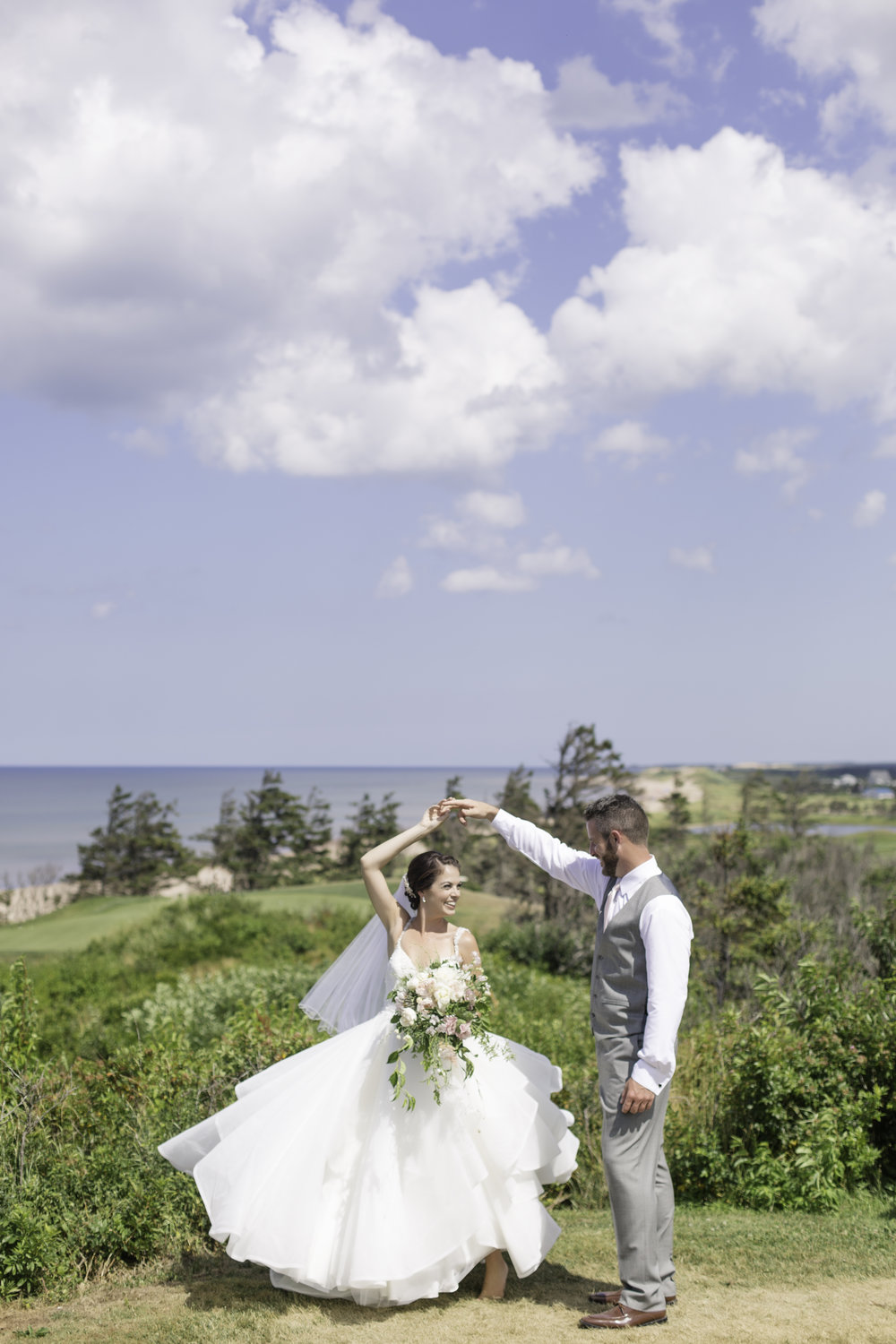 Nicole Anne Photography, Island Meadow Farms, Brittany Bruinooge/Wave Hair Studio