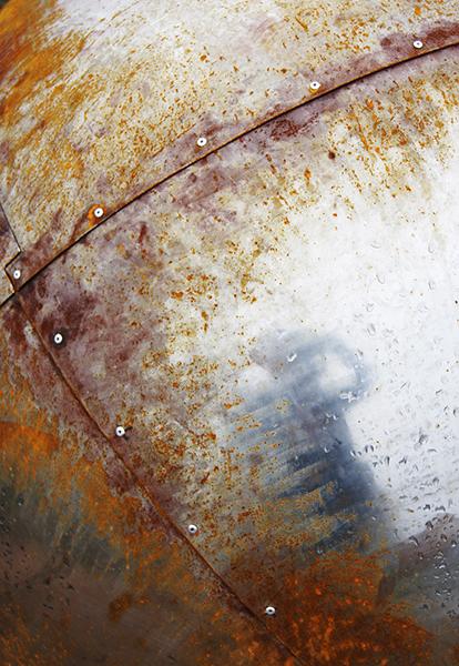 rusty sputnik.JPG