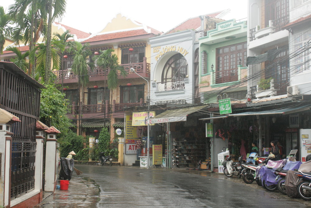 This was one of my favorite roads in Hoi An, about a kilometer from where I lived. I'd make the trek to go to my favorite massage place and get my favorite bowl of Cau Lau (post pending).