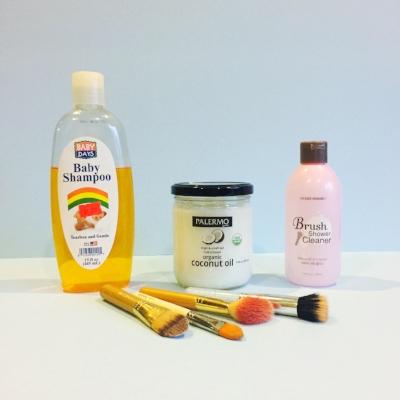 clean makeup brushes1.jpg