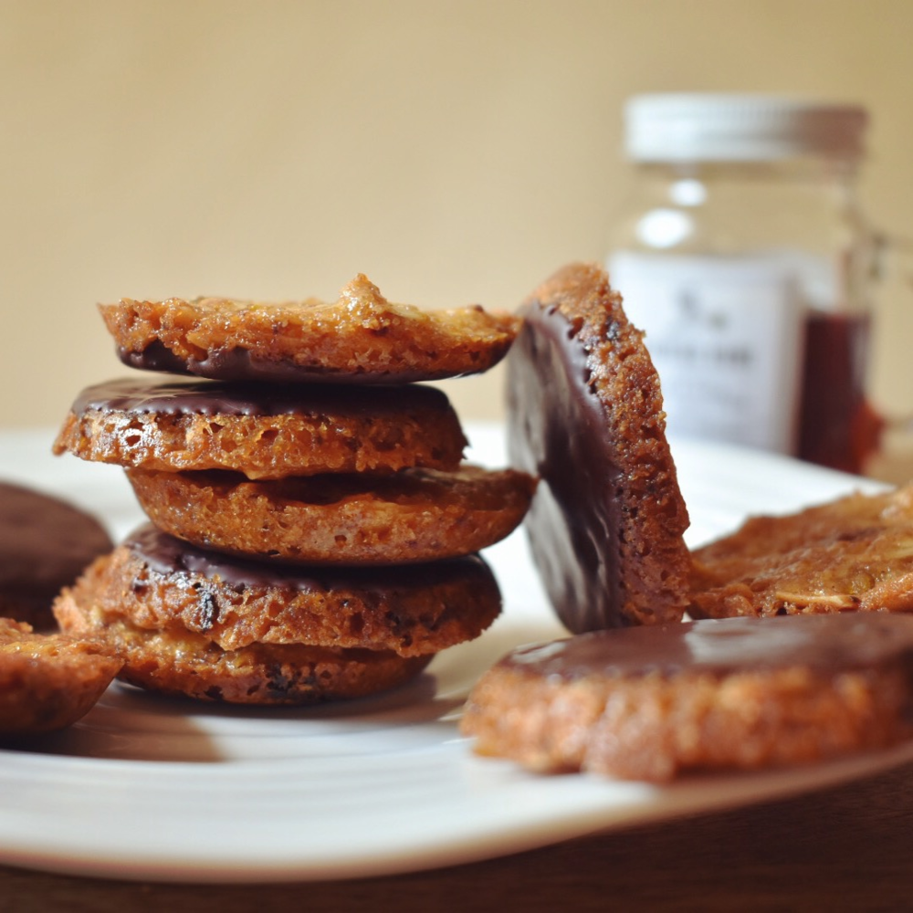 Vegan orange date and dark chocolate florentines recipe