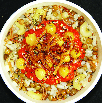 Vegan street food - Egyptian koshari