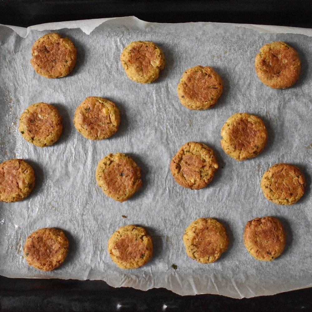 Vegan healthy baked falafel recipe - easy
