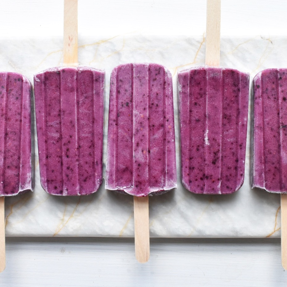 Vegan protein fruit smoothie berry ice lollies posicles recipe healthy easy