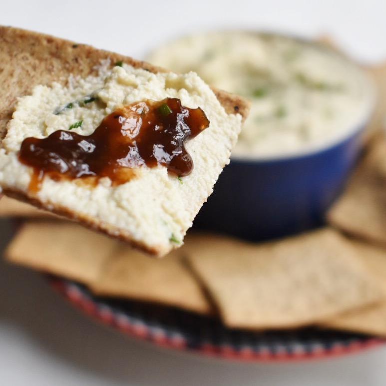 Vegan spreadable cashew cream cheese recipe healthy quick easy