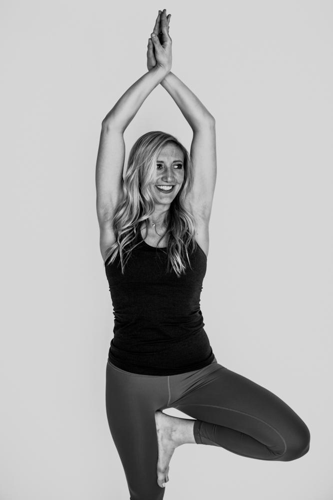 yogashoot-amylacyphotography-denver-11.jpg