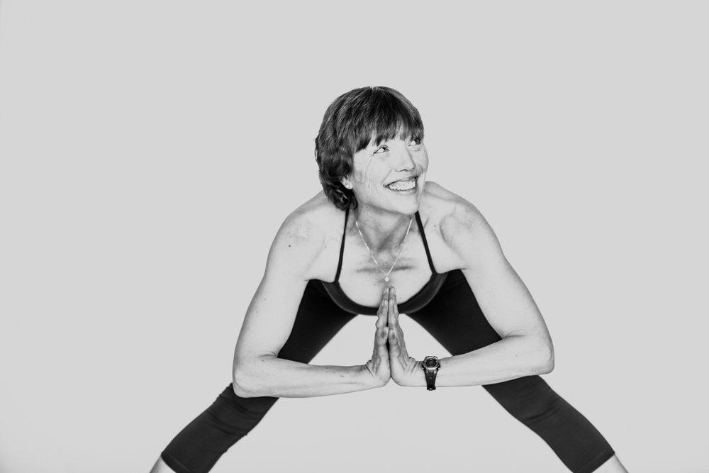 yogashoot-amylacyphotography-denver-17.jpg