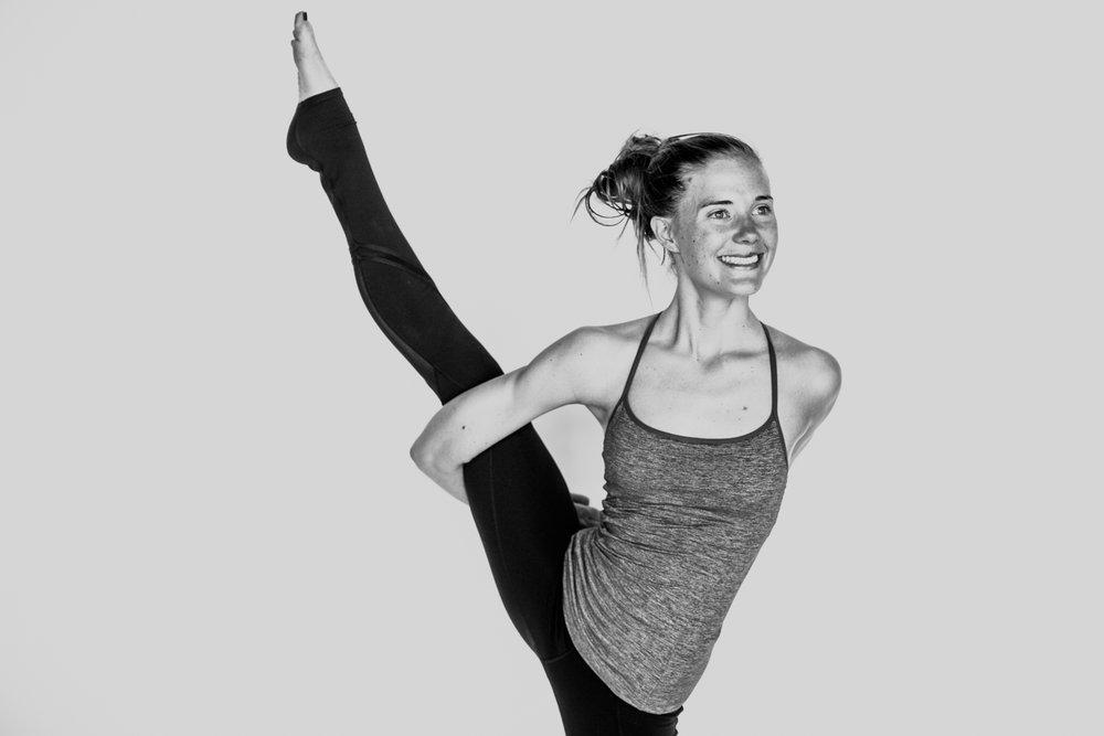 yogashoot-amylacyphotography-denver-19.jpg