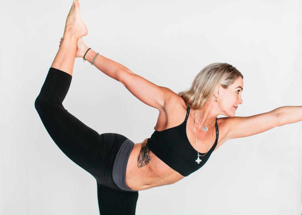yogashoot-amylacyphotography-denver-23.jpg