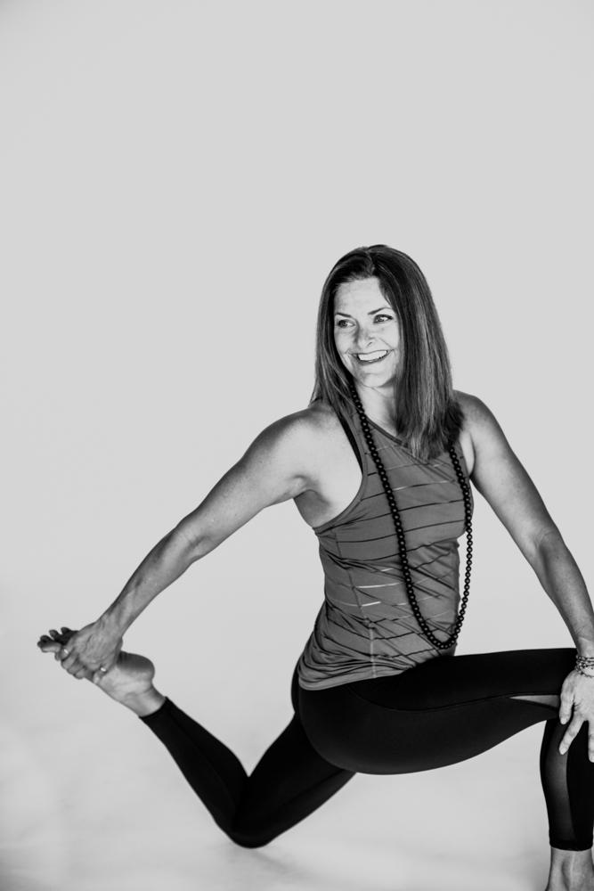 yogashoot-amylacyphotography-denver-25.jpg