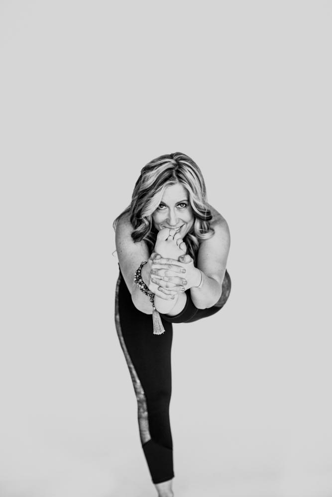 yogashoot-amylacyphotography-denver-28.jpg