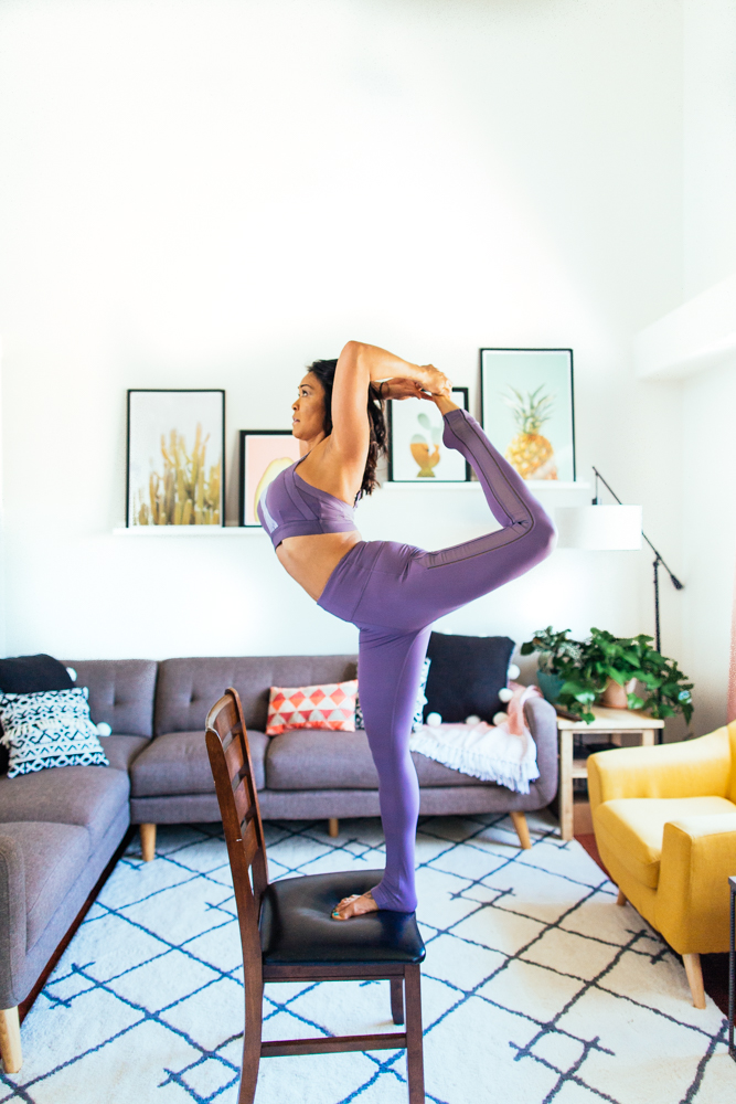 yogashoot-homesession-amylacyphotography-denver-18.jpg