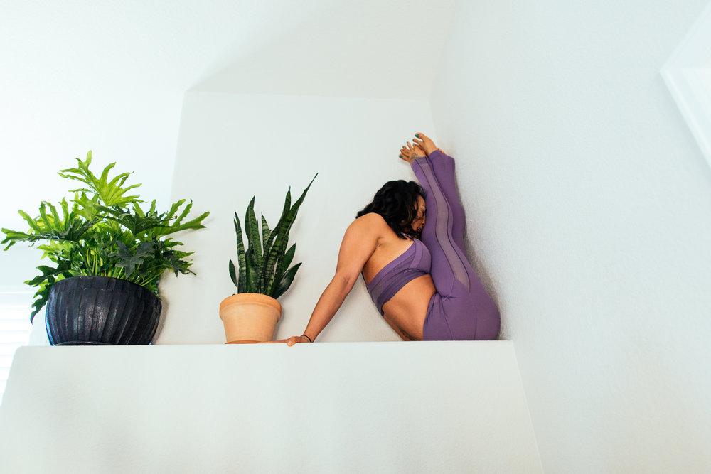 yogashoot-homesession-amylacyphotography-denver-20.jpg