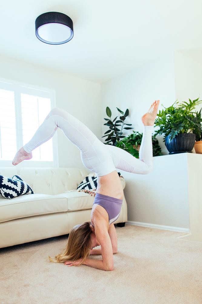 yogashoot-homesession-amylacyphotography-denver-50.jpg