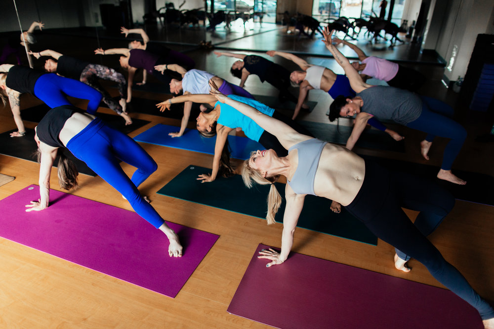 yogashoot-studio-amylacyphotography-denver-11.jpg