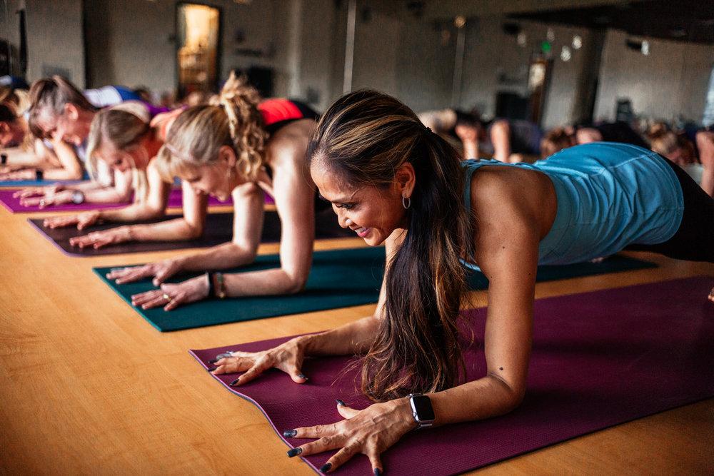 yogashoot-studio-amylacyphotography-denver-17.jpg