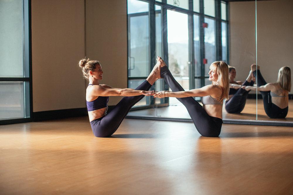 yogashoot-studio-amylacyphotography-denver-32.jpg