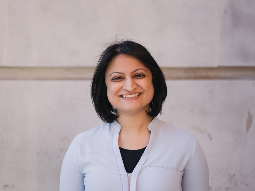 Zohra Khaku - Founder/CEO of Halal Gems &Director of Muslim Youth HelplineZohra's Twitter & Instagram | Halal Gem's Twitter & Instagram
