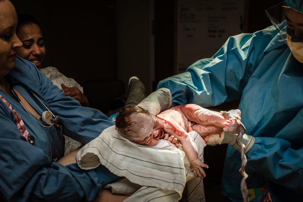 Meredith Westin Photography- Minnesota Birth Surrogacy and Postpartum Photographer-April 13, 2019-095730.jpg
