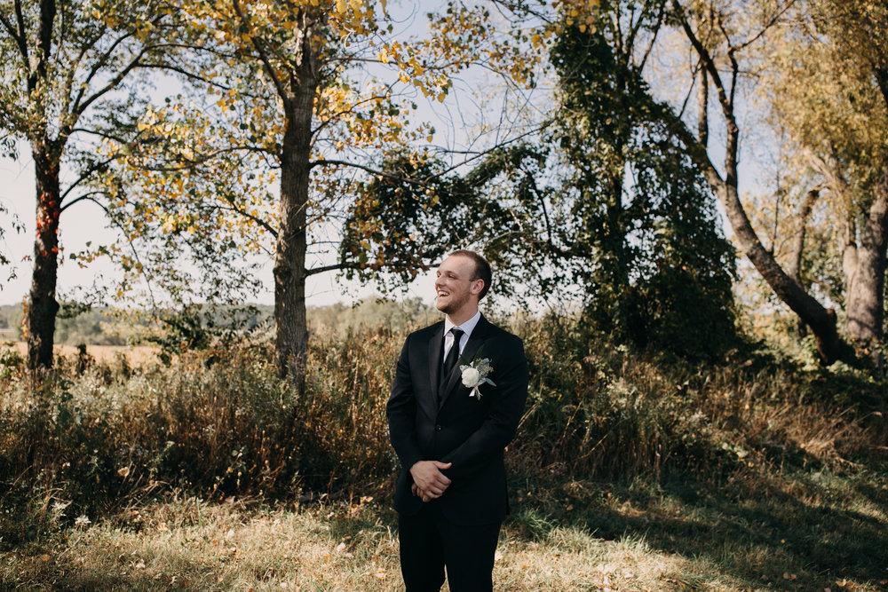 12 groom first look reaction.jpg