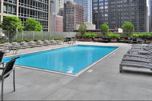 215_West-pool.jpg