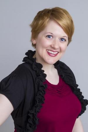 Elizabeth Morris Headshot.jpg
