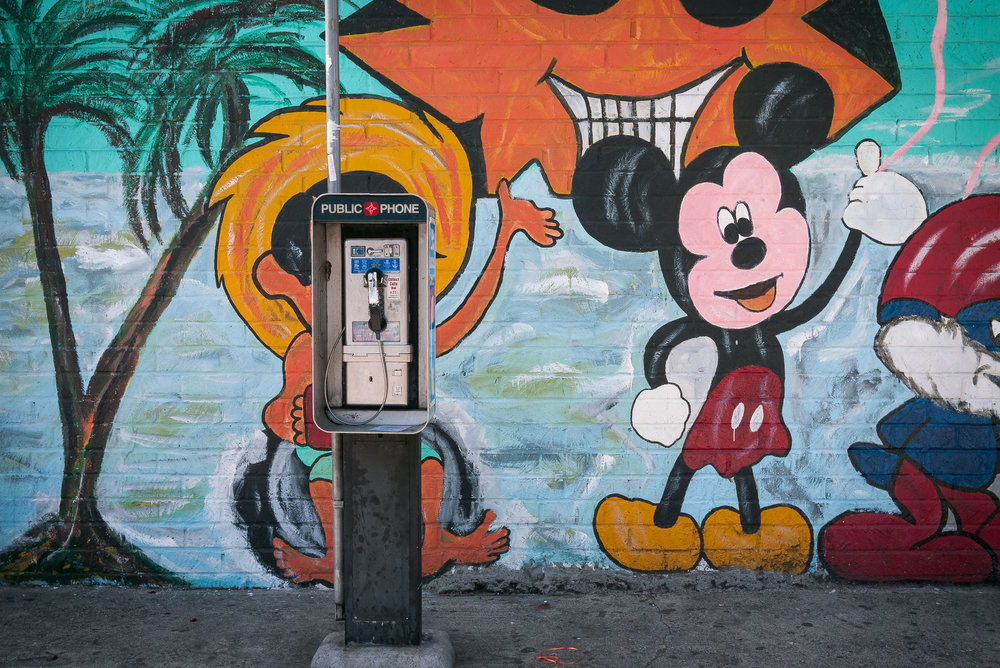 Phones_West_LA_01.jpg