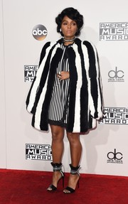 2016+American+Music+Awards+Arrivals+hZVmKk6adump.jpg