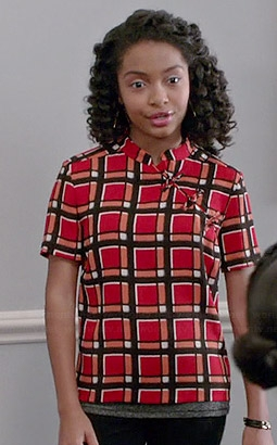 marc-jacobs-toto-plaid-top-zoey-anderson-blackish.jpg