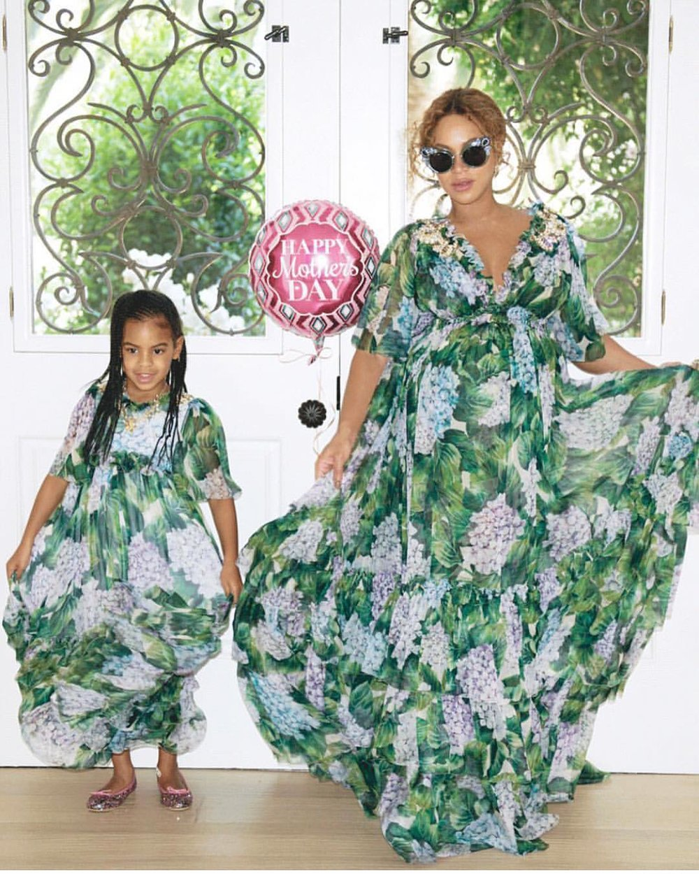 2-Beyonces-Mothers-Day-Dolce-Gabbana-Tiered-Hydrangea-Floral-Chiffon-Gown-Giuseppe-Zanotti-Crystal-Embellished-Mirror-Sandals-and-Miu-Miu-Cat-Eye-Sunnies.jpg