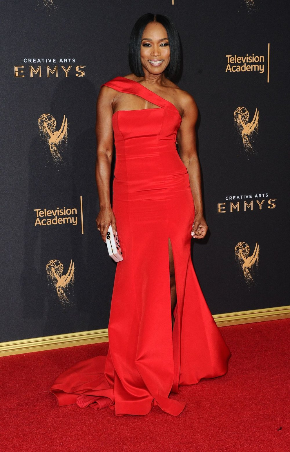 angela-bassett-at-creative-arts-emmy-awards-day-2-los-angeles_1.jpg